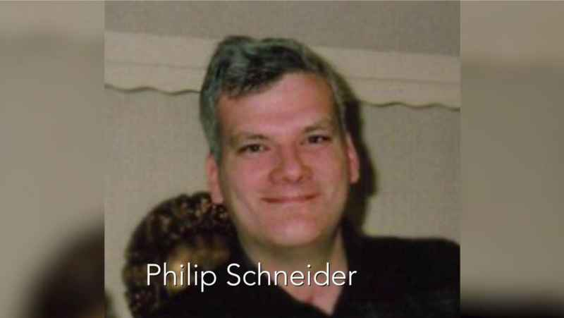 3 Phil Schneider
